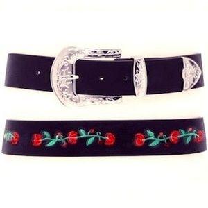 NEW Black LEATHER Western ROSE Embroidered Belt  M